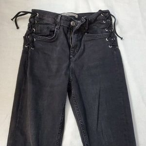 Zara skinny-dark gray jeans size 4